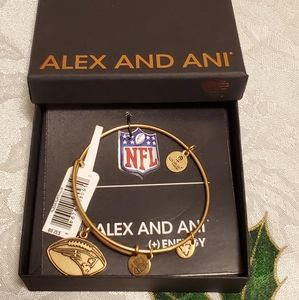 Alex And Ani NFL New England Patriots Gold